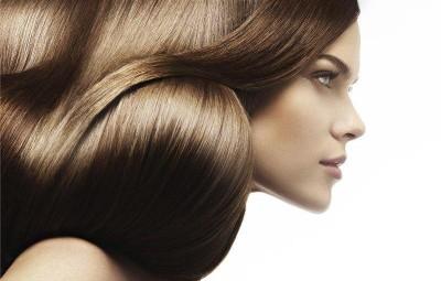 Le miel et oblepikhovoe lhuile pour les cheveux